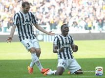 Yo soy dueño de la punta. Asamoah celebra el tanto de la victoria de Juventus ante Fiorentina. (Foto: Serie A)